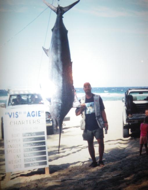 black-marlin-2028kg